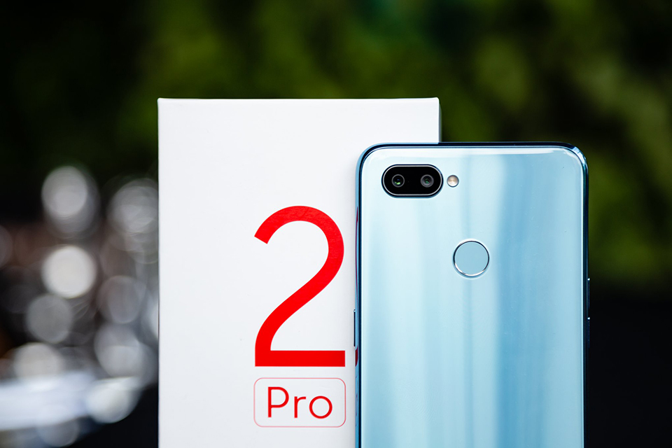 So sánh Realme 2 Pro vs Xiaomi Mi A2 03