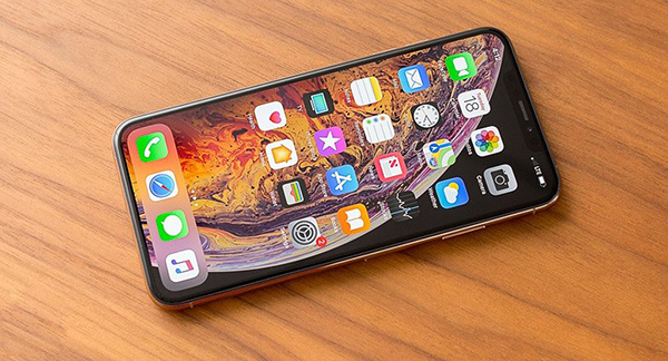 Image result for - iPhone XS Max là 33,990,000 đồng.