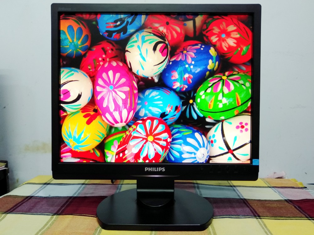 LCD 17inch gia re_Philips – Model 17S1SB, mới 90%