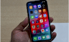 """iPhone Xr: chiếc smartphone """"tầm trung"""" của Apple"""