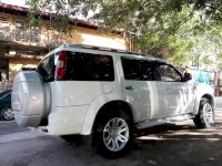 Ford Everest 2.5AT 2015 Trắng