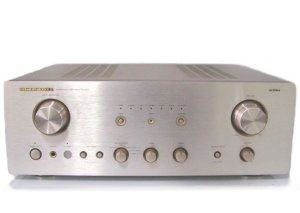 Âm ly Marantz PM7000