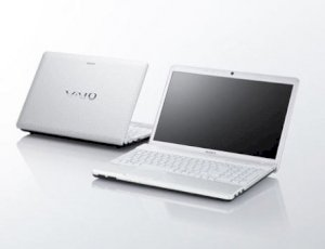 Sony Vaio SVS-13117GG/S (Intel Core i5-3210M 2.5GHz, 4GB RAM, 750GB HDD, VGA NVIDIA GeForce GT 640M / Intel HD Graphics 4000, 13.3 inch, Windows 7 Professional 64 bit)