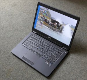 Dell Latitude E7450 (Intel Core i5-5200U 2.2GHz, 8GB RAM, 256GB SSD, VGA Intel HD Graphics 5500, 14 inch)
