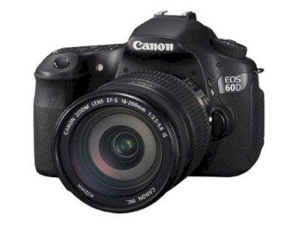 Canon EOS 7D (EF-S 18-200mm) Lens kit