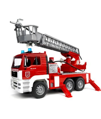 Bruder 1:16 Scale MAN TGA Fire Engine With Water Pump