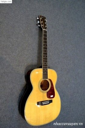 Guitar Acoustic Morris MF-207