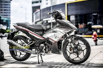 Tem xe Exciter 150 Limited Edition trắng đen