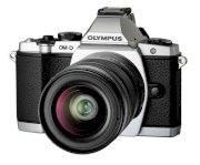 Olympus OM-D E-M5 (M.ZUIKO Digital ED 12-50mm F3.5-6.3 EZ) Lens Kit