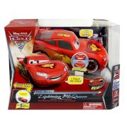 Air Hogs Disney Pixar Cars 2 Interactive Radio Control Vehicle - The Real Lightning McQueen (Age: 5 years and up)