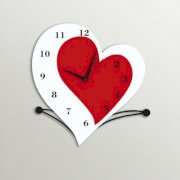 Timezone Double Hearts Wall Clock White And Red TI430DE64YJRINDFUR