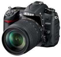 Nikon D7000 (18-105mm F3.5-5.6 AF-S DX VR ED) Lens kit