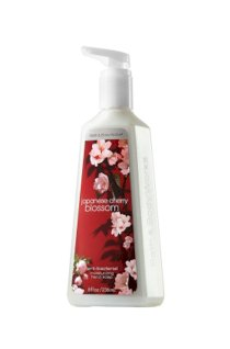 Nước rửa tay khô Japanese Cherry Blossom - Bath & Body Works (236ml)