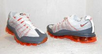 Nike Air Max 95 Dynamic Flywire Running Sneakers White Orange Mens Sz 8.5