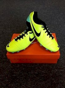Nike CTR360 Libretto III FG Firm Ground New Authentic Soccer Cleat Volt
