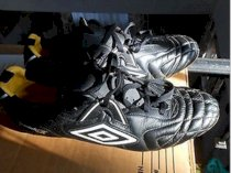 Umbro Speciali R FG Size 12 US Used once Black/Yellow