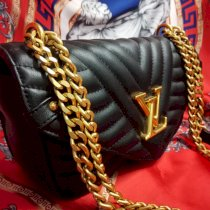Túi xách Louis Vuitton New waves 21509