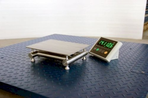 Chinese Factory Stainless Steel Easy Moving Table Scale Digital Platform  Weighing Scale Electronic Bench Scale - China Washing Bench Scale, Washing  Weighing Scale